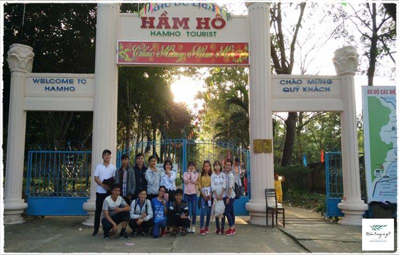 cổng khu du lịch Hầm Hô Quy Nhơn